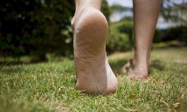 Toprağa çıplak ayakla basın