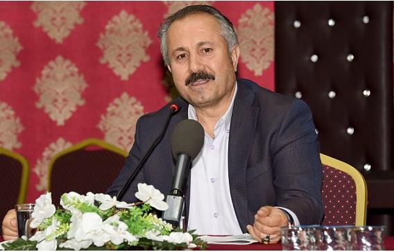 "Ahmet Köseoğlu: ""İyiliğe Koş, Kötülükten Kaç"""