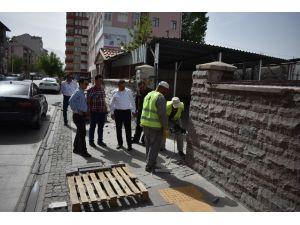 Seydişehir'de Hükümet Konağı bahçesi ve çevresi düzenleniyor