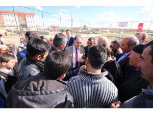 Beyşehir'in 27 mahallesi çok amaçlı sahaya kavuştu