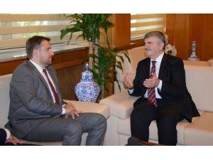 Saraybosna Büyükşehir Belediye Başkanı Skaka'dan Başkan Akyürek'e ziyaret