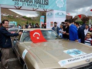 Aksaray'da 4'üncü Klasik Otomobil Rallisi start aldı