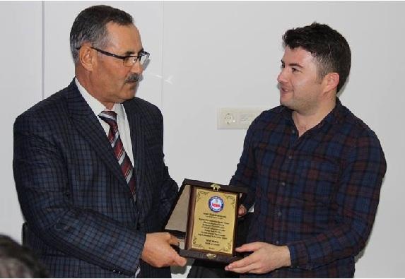 Eskil Özel İdare Müdürü Mustafa Bozdağ İçin Veda Programı Düzenlendi