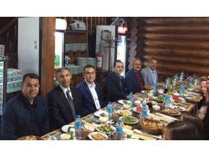 Başkan Akkaya'dan hakim ve savcılara iftar yemeği