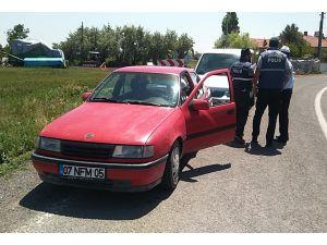 Polisin 'dur' ihtarına uymayan sürücü kovalamaca sonucu yakalandı