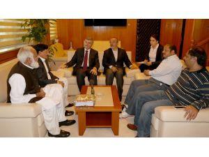 Pakistan heyetinden Başkan Akyürek'e ziyaret