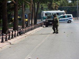 Konya'da fünyeyle patlatılan şüpheli çantadan kıyafet çıktı