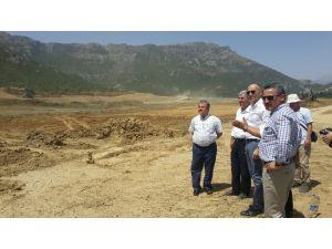 Başkan Tutal ve DSİ heyeti Kuğulu Göleti'nde incelemelerde bulundu