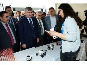 Konya Bilim Merkezi geleceğin bilim insanlarına katkı sağlıyor
