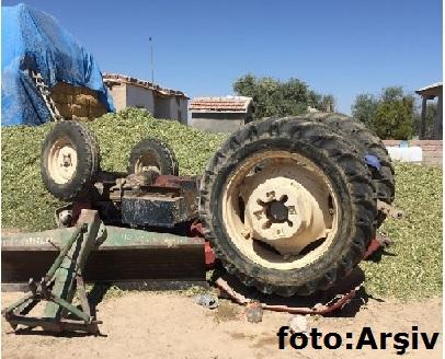 Eskil'de traktör devrildi 1 ağır yaralı