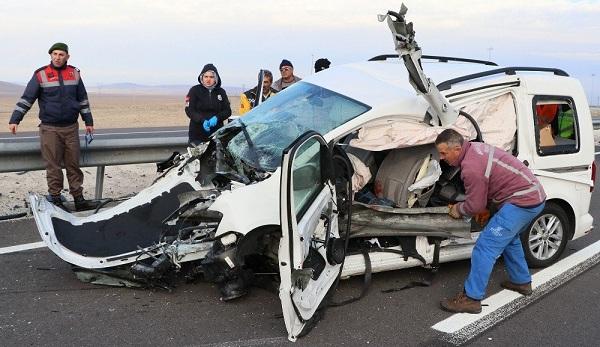 Aksaray'da aynı yerde iki ayrı kaza: 1 ölü, 4 yaralı