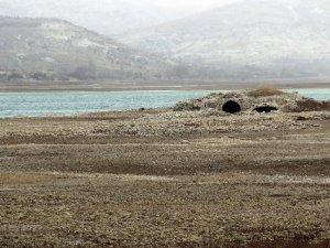 Baraj Suyu Çekildi, Altınapa Hanı Ortaya Çıktı