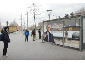 """Büyükşehir'den """"Kudüs Filistin'in Başkentidir"""" temalı otobüs durağı"""