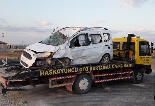 Konya Aksaray yolunda kaza! 3 yaralı
