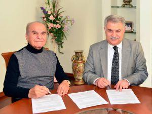 Rektör Şeker vefatının 3. yıldönümünde Ahmet Keleşoğlu'nu andı
