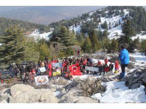 Dağcılar ve Doğaseverler Afrin Şehitleri İçin Tırmandı