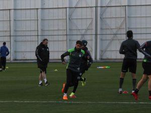 Sergen Yalçın Konyaspor'da ilk antrenmanına çıktı