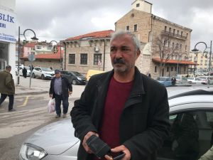 Aksaray'da Dolandırılmak Üzere Olan Vatandaşı Polis Bile İkna Edemedi