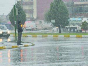 Aksaray'da yağış rekoru metrekareye 40 kg yağış düştü