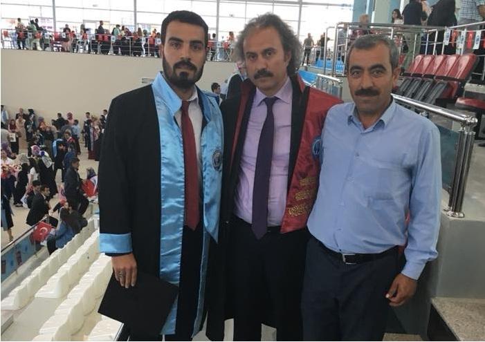 Eskilli Gün ailesinin mezuniyet mutluluğu