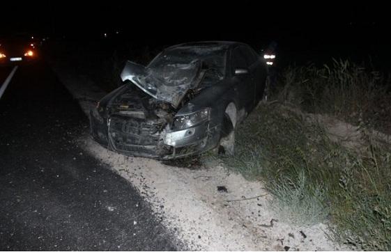 Eskil'de trafik kazası: 2 ölü