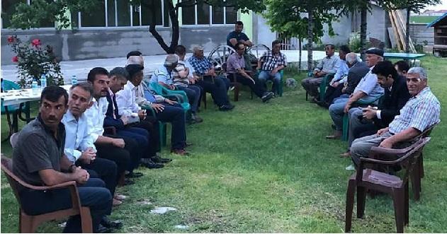 AK Parti Eskil Belediye Başkan Aday Adayı İsmail Meral muhtarlarla iftarda buluştu
