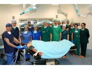 Yeni Binasına Taşınan Meram Tıp Fakültesi İlk Ameliyatın Yaptı