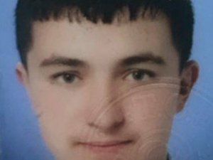 Aksaray'da minibüs ile motosiklet çarpıştı: 1 ölü, 2 yaralı