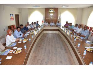 Aksaray İl Genel Meclis üyeleri ticaret borsasıyla istişare yaptı