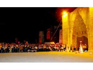 Aksaray'ın Sultanhanı İlçesinde Doğalgaz Kullanıma Sunuldu