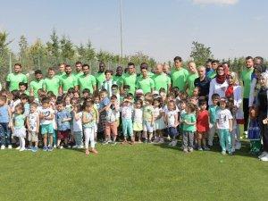 Atiker Konyaspor, Fenerbahçe maçına hazırlanıyor