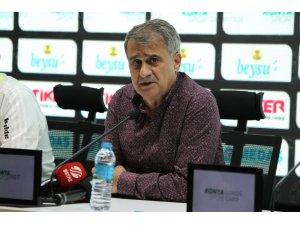 """Şenol Güneş: """"Kazanabileceğimiz maçta 2 puan kaybettik"""""""