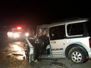 Eşmekaya'da Kaza: 1 Ölü, 3 Yaralı