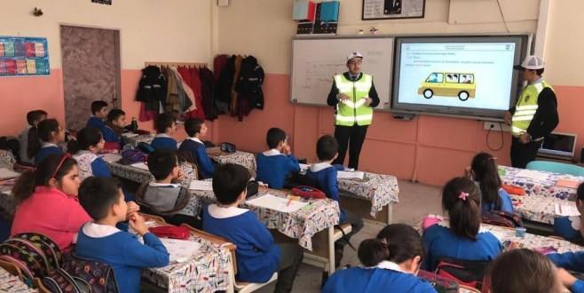 Eskil'de Öğrencilere trafik eğitim dersi verildi