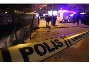 Göreve giden polis aracı ile otomobil çarpıştı:1 şehit, 4 yaralı