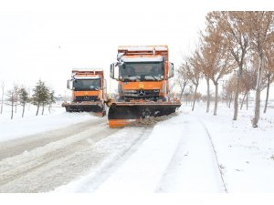 Konya Büyükşehir'den yoğun kar mesaisi