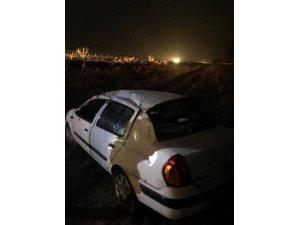 Direksiyon hakimiyeti kaybolan otomobil takla attı: 4 yaralı