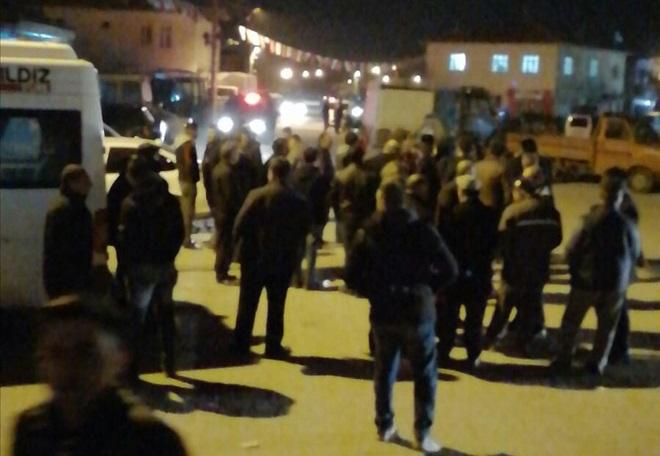 Yeşiltepe'de (Kırkıl) AK Partili ve CHPli gruplar kavga etti 6 yaralı