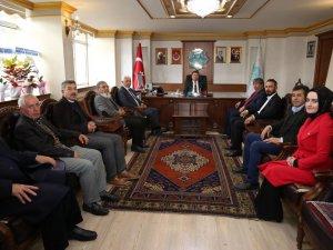 Kızılay Aksaray şubesinden Belediye Başkanı Evren Dinçer'e hayırlı olsun ziyareti