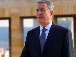 Milli Savunma Bakanı Akar'dan Yunan mevkidaşına çağrı