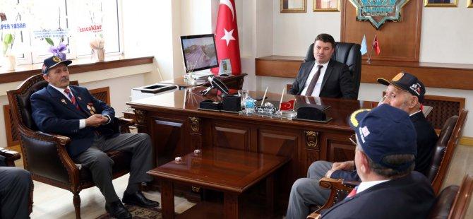 Gazilerden Başkan Dinçer'e ziyaret