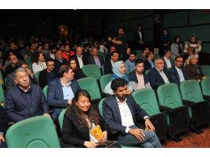 Hayatta Olmaz filminin Akşehir galası yapıldı