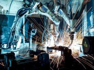 Sanayi üretimi bir önceki yılın aynı ayına göre %2,2 azaldı