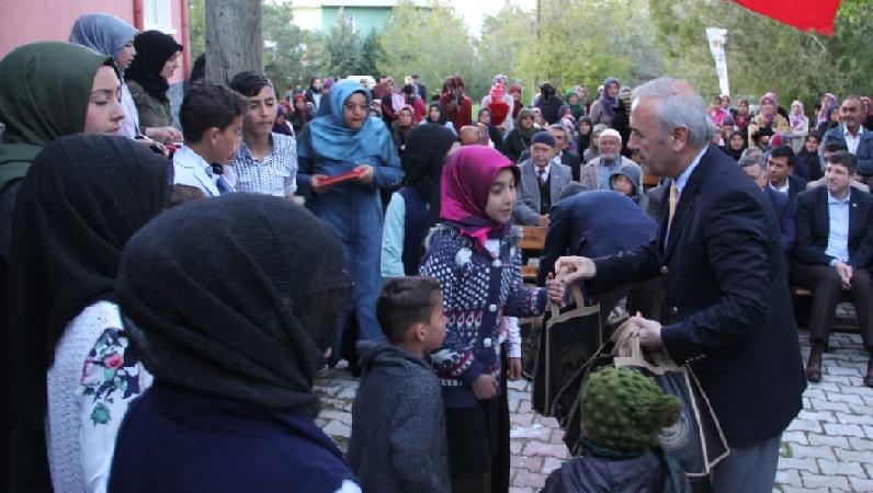 Meram Karadiğin  Kur'an Kursu'nda diploma töreni