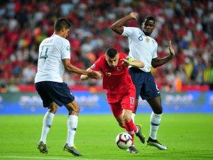 2020 UEFA Avrupa Futbol Şampiyonası Elemeleri: Türkiye: 2 - Fransa: 0 (İlk yarı)
