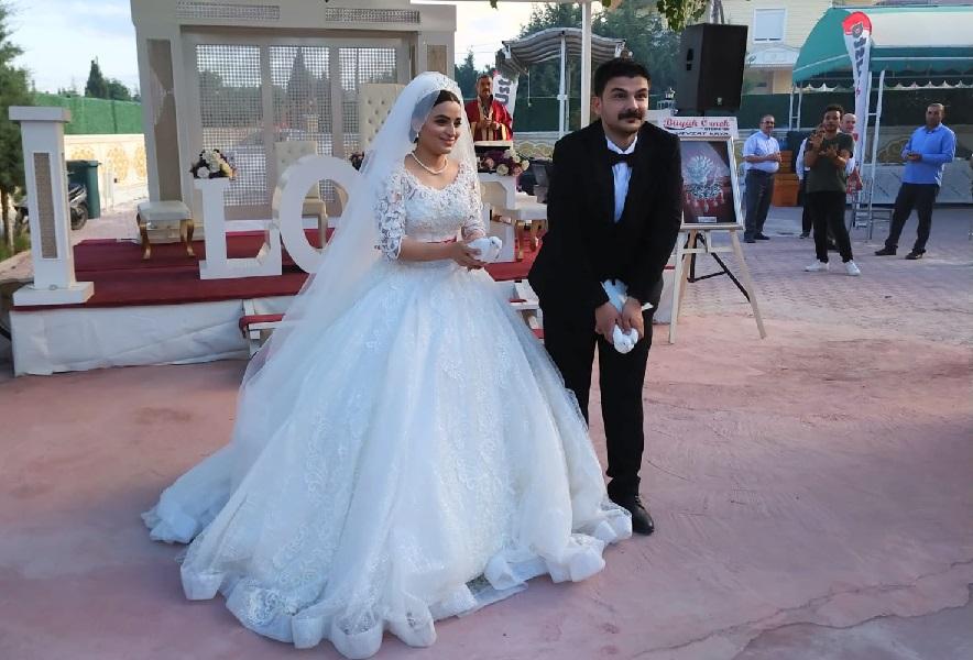 Reyhan ile Ozan bir ömür boyu mutluluğa evet dedi