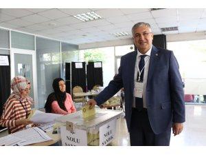 Konya SMMMO Başkanı Özselek güven tazeledi