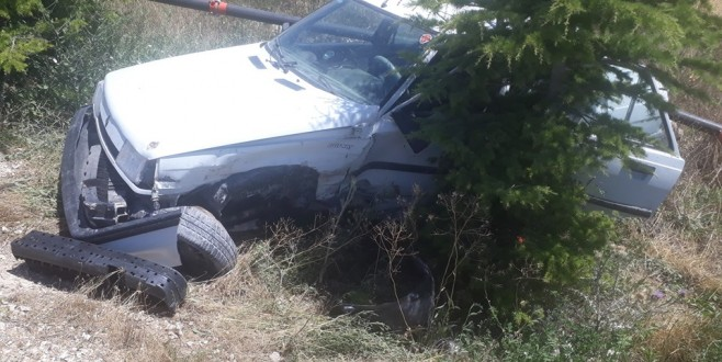 Eskilli Genç Altınekin'de trafik kazası yaptı