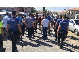 Aksaray'da kaza sonrası iki grup arasında kavga: 1'i polis 9 yaralı