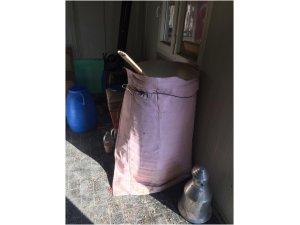 Konya'da sahte içki imalatı yapılan eve baskın
